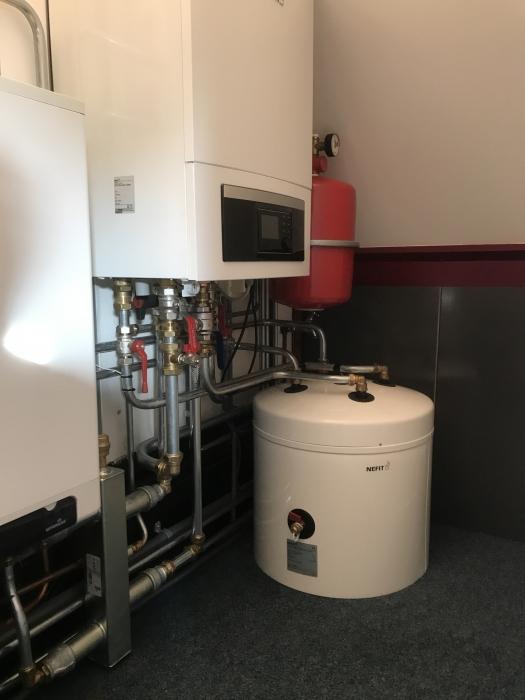 lok_installatietechniek_duurzame_energie_warmtepompinstallatie
